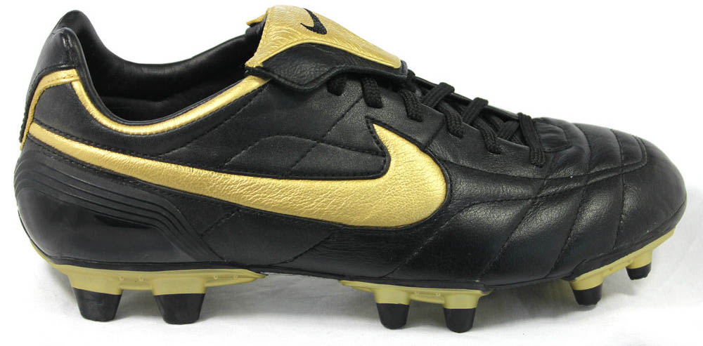 low priced e181f 1ef1c Nikes Air Legend football boot was released in many different colorways.  The black and gold edition was only worn by Ronaldinho back then.