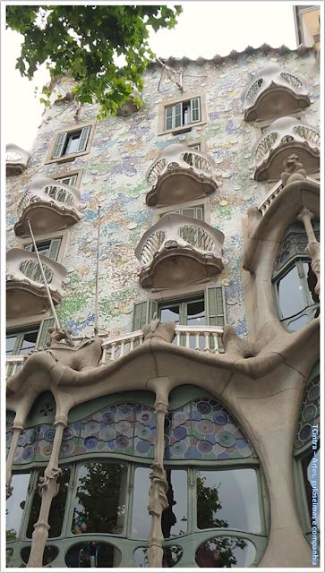 Barcelona; Conhecendo a Europa; sem guia; turismo na espanha; Passeig de Gràcia; Casa Batlló.