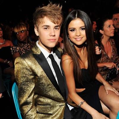 """We're Back!"" Gomez Confirms Reunion with Bieber"