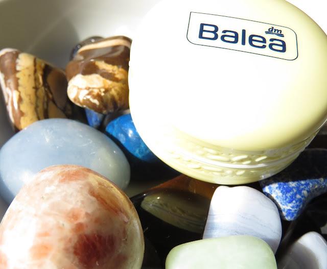 SAVEONBEAUTY_BALEA_lip_balm