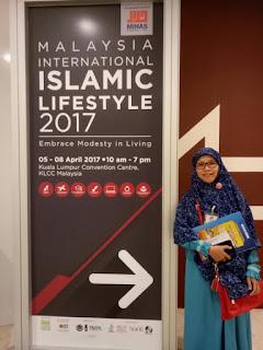 Pameran Gaya Hidup Halal Internasional yang berlangsung di Malaysia ini benar-benar membuat takjub. Merupakan event tahunan yang dihadiri oleh pengunjung lebih dari 70 negara di dunia.