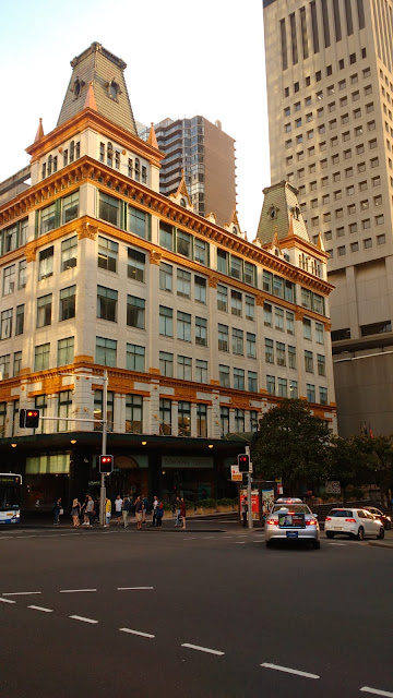 Photo of Mark Foy's building and Elizabeth Street
