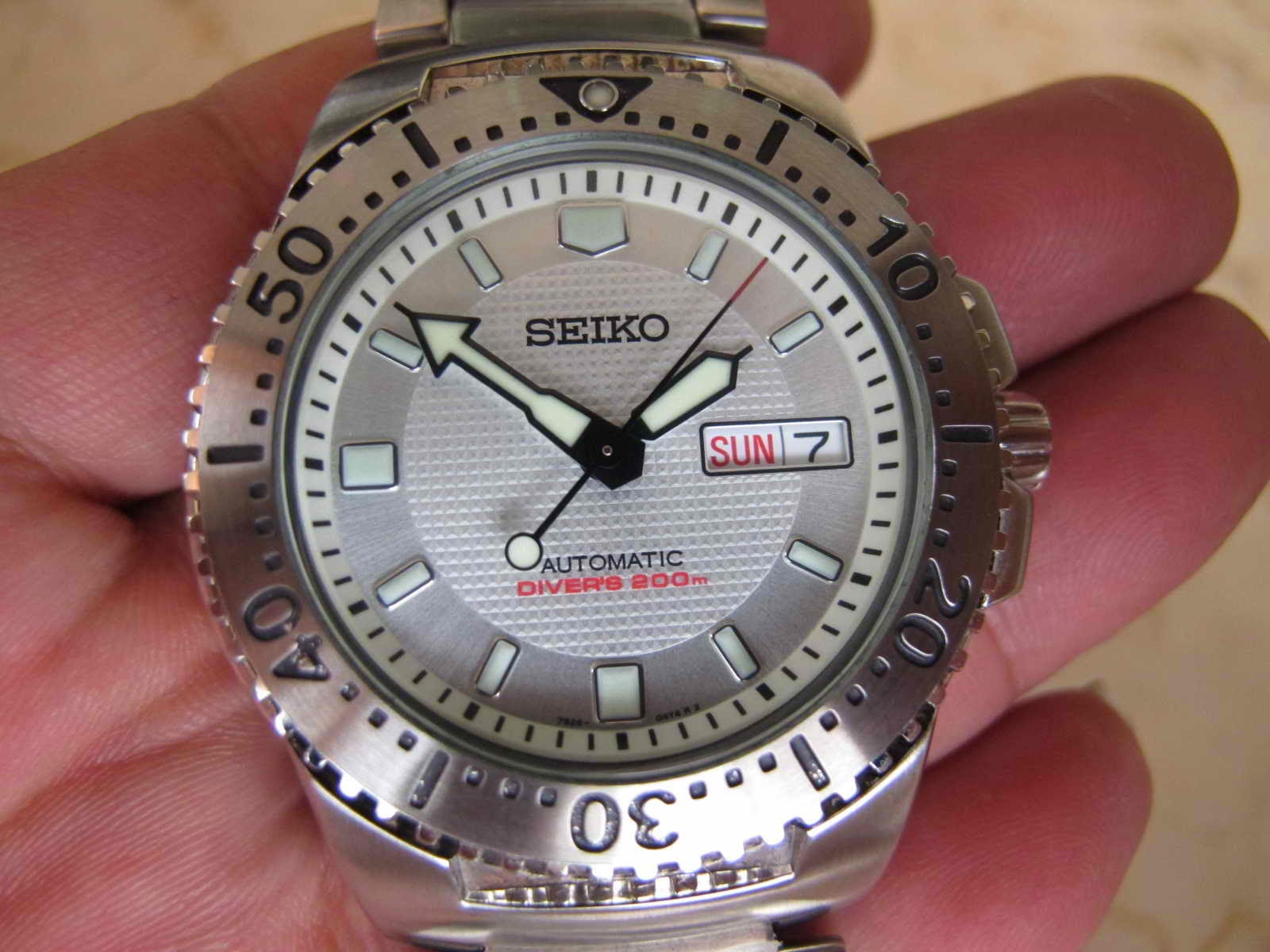 Maximuswatches Jual Beli Jam Tangan Second-Baru Original-Koleksi Jam  Maximus-www.maximuswatches.com: SEIKO DIVER WHITE KNIGHT - SEIKO DIVER  SKXA47 - AUTOMATIC (SOLD)