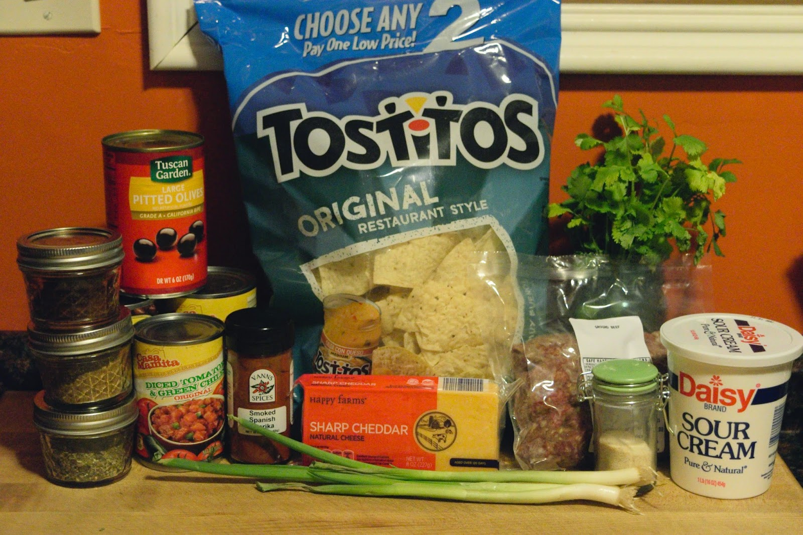The ingredients needed for the nachos.