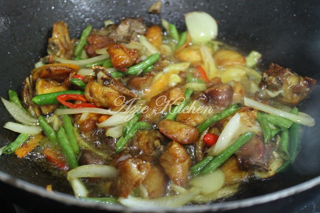 Ayam Goreng Garam Kunyit Azie Kitchen