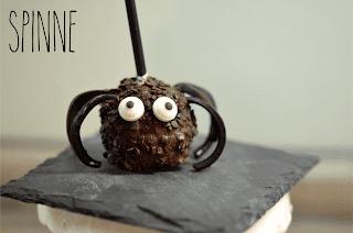 http://melinas-suesses-leben.blogspot.de/2013/10/halloween-cake-pops-spinne.html