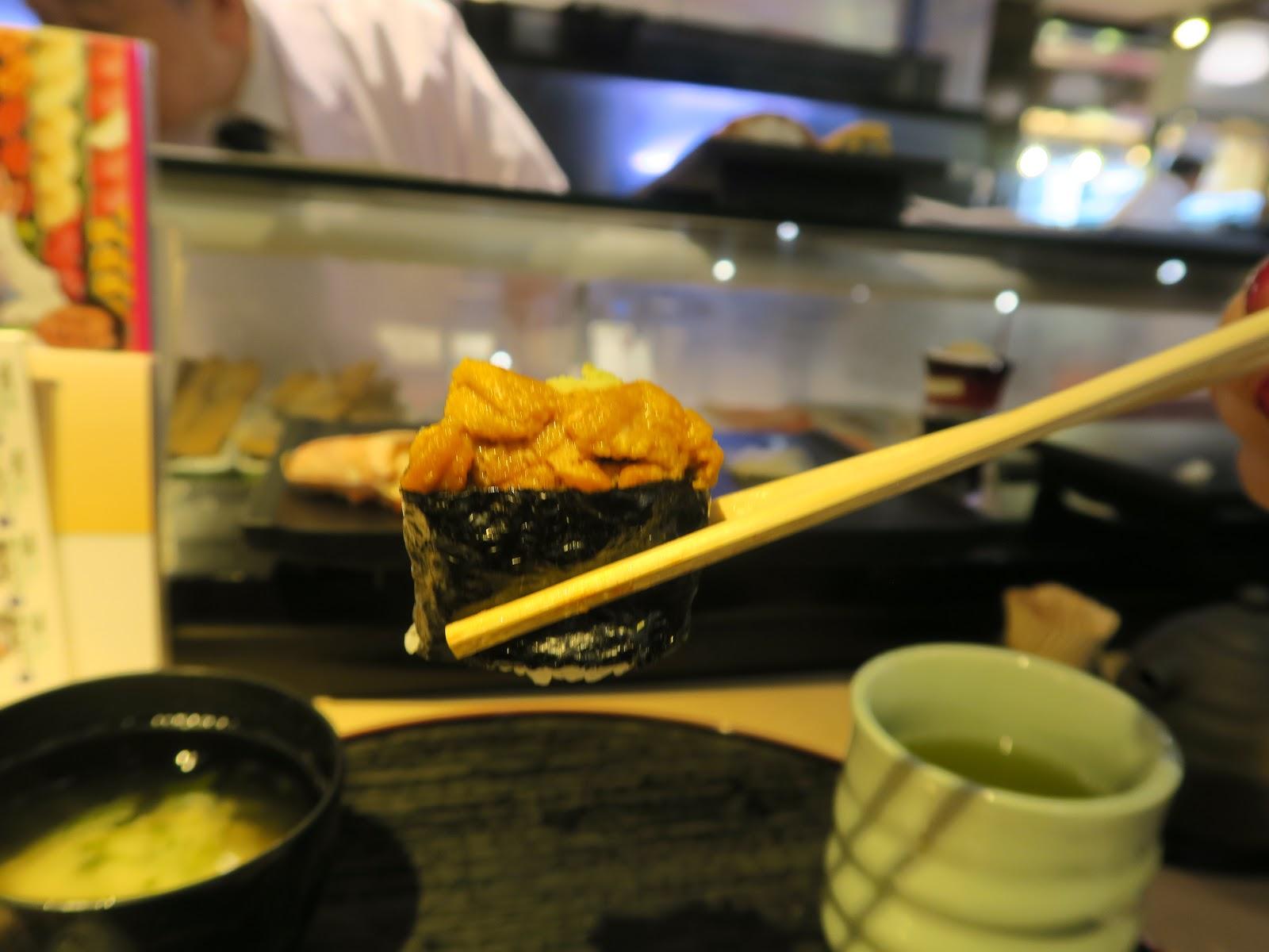 tsukiji fish market sea urchin japan tokyo