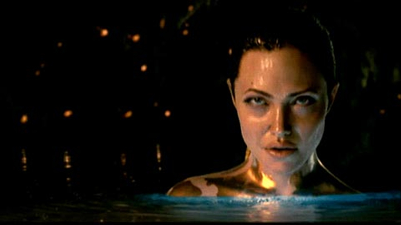 Naked Angelina Jolie in Beowulf ANCENSORED