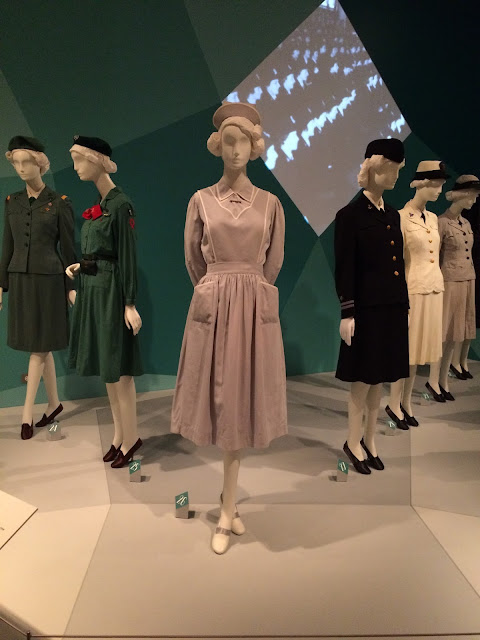 chicago history museum fashion mainbocher