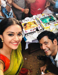 Keerthy Suresh with Vishal Celebrating The Success of their recent Blockbusters in Pandemkodi2 Shooting Spot 1