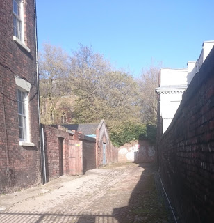 The alleyway where Lorraines body was found in 2017