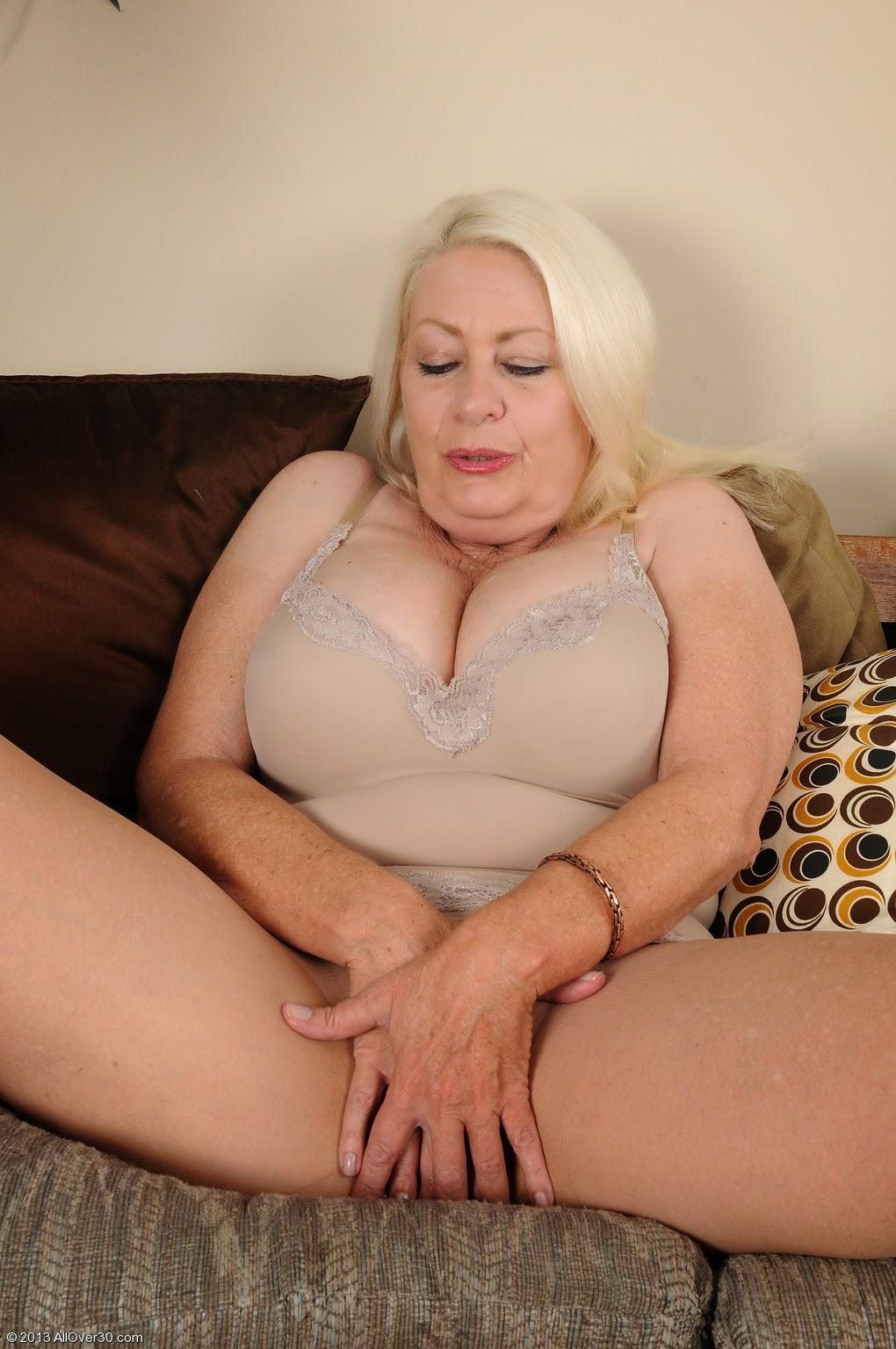 Angelique dubois porn