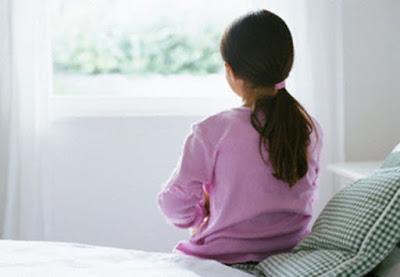Những dấu hiệu nhận biết bé có thể mắc chứng tự kỷ