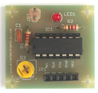Modulo detector de luz y oscuridad.