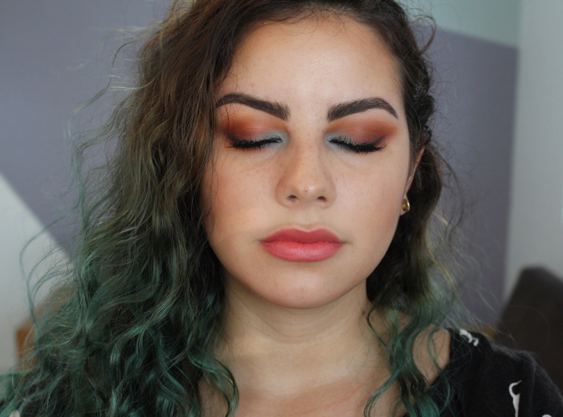 coastal scents drugstore blue and orange light baby blue smokey eye makeup look terracotta oktoberfest rimmel fotd
