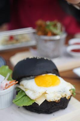 Black Burger Terasky Transera