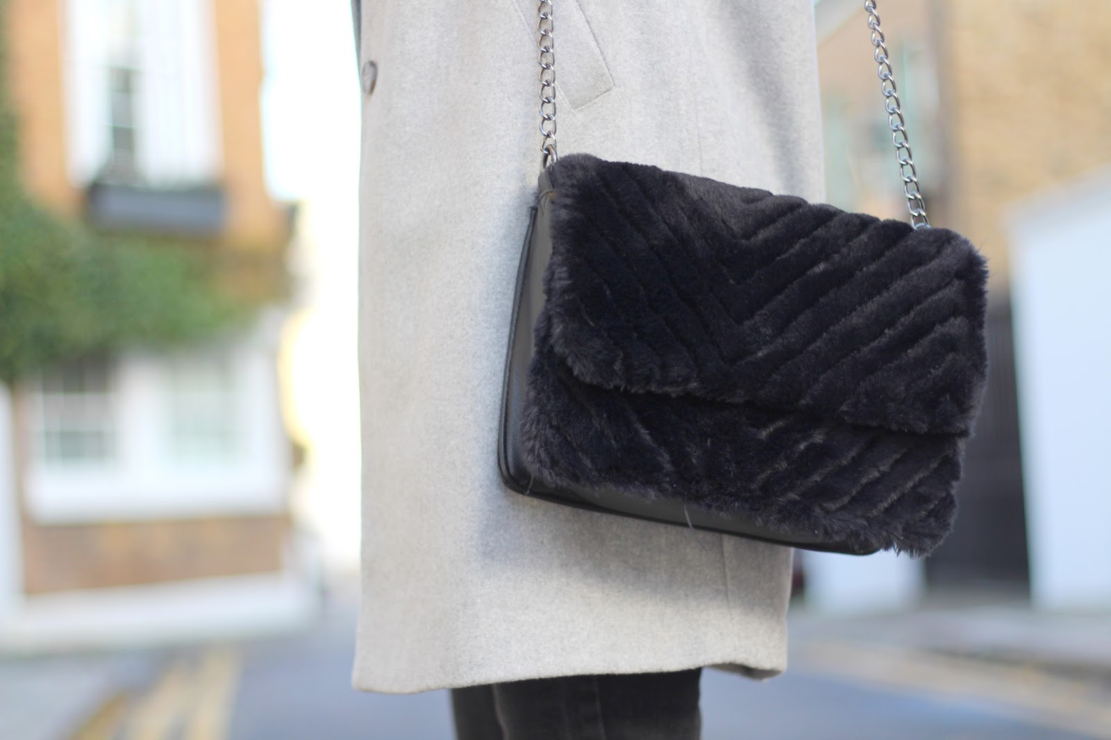 faux fur bag peexo primark