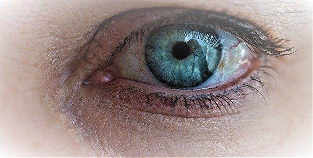 Tips Menjaga Kesehatan Mata Secara Alami Agar Tetap Jernih