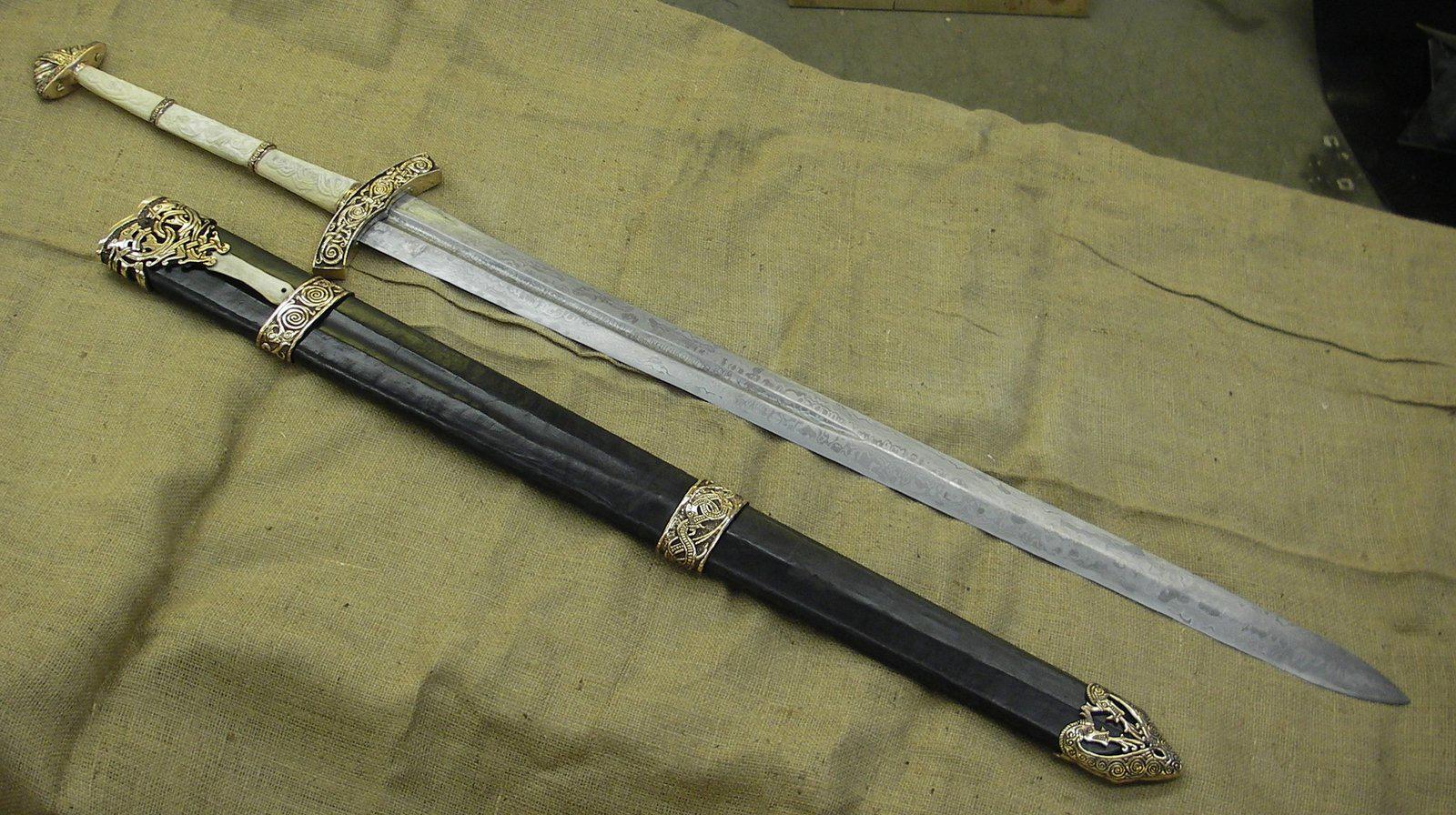 Pedang Gram legenda pedang Balmug