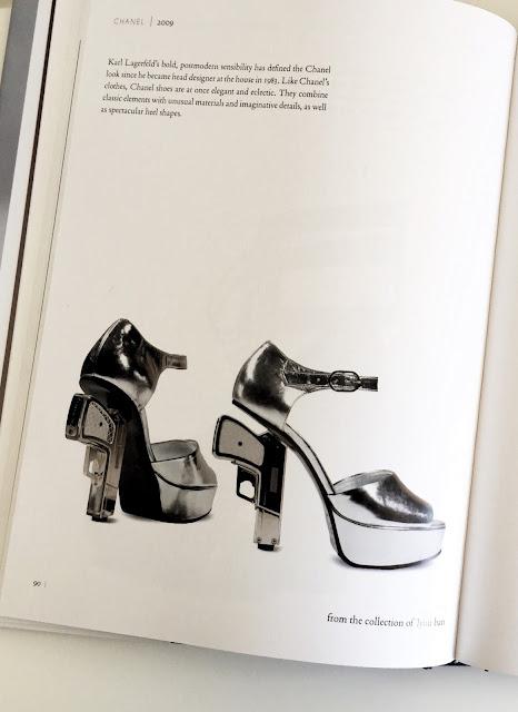 ספרי אופנה מומלצים, ספר ״אובססיה לנעליים״, shoes pbsession book