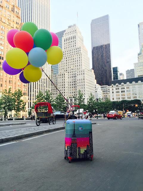 accesorios de viaje, asesora de imagen, chicas new york, como vestir viaje, diseño de autor, emprendedores, emprendimientos, equipaje, estilo en el viaje, fundas, valijas, vestir tu maleta