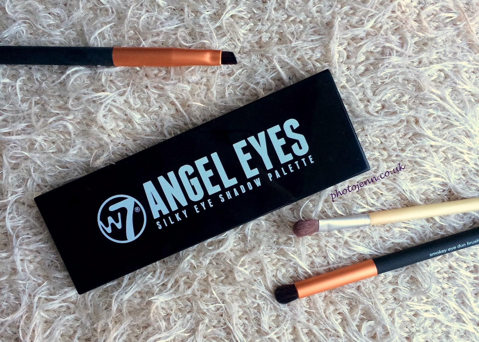 Angel Eyes Nude Pics photo -jenn- ic: w7 angel eyes silky eye shadow palette