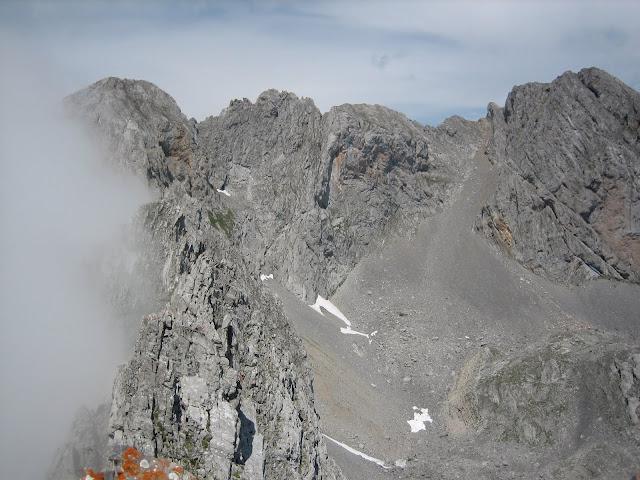 Rutas Montaña Asturias: Llegando a la cima del Portillín Oriental