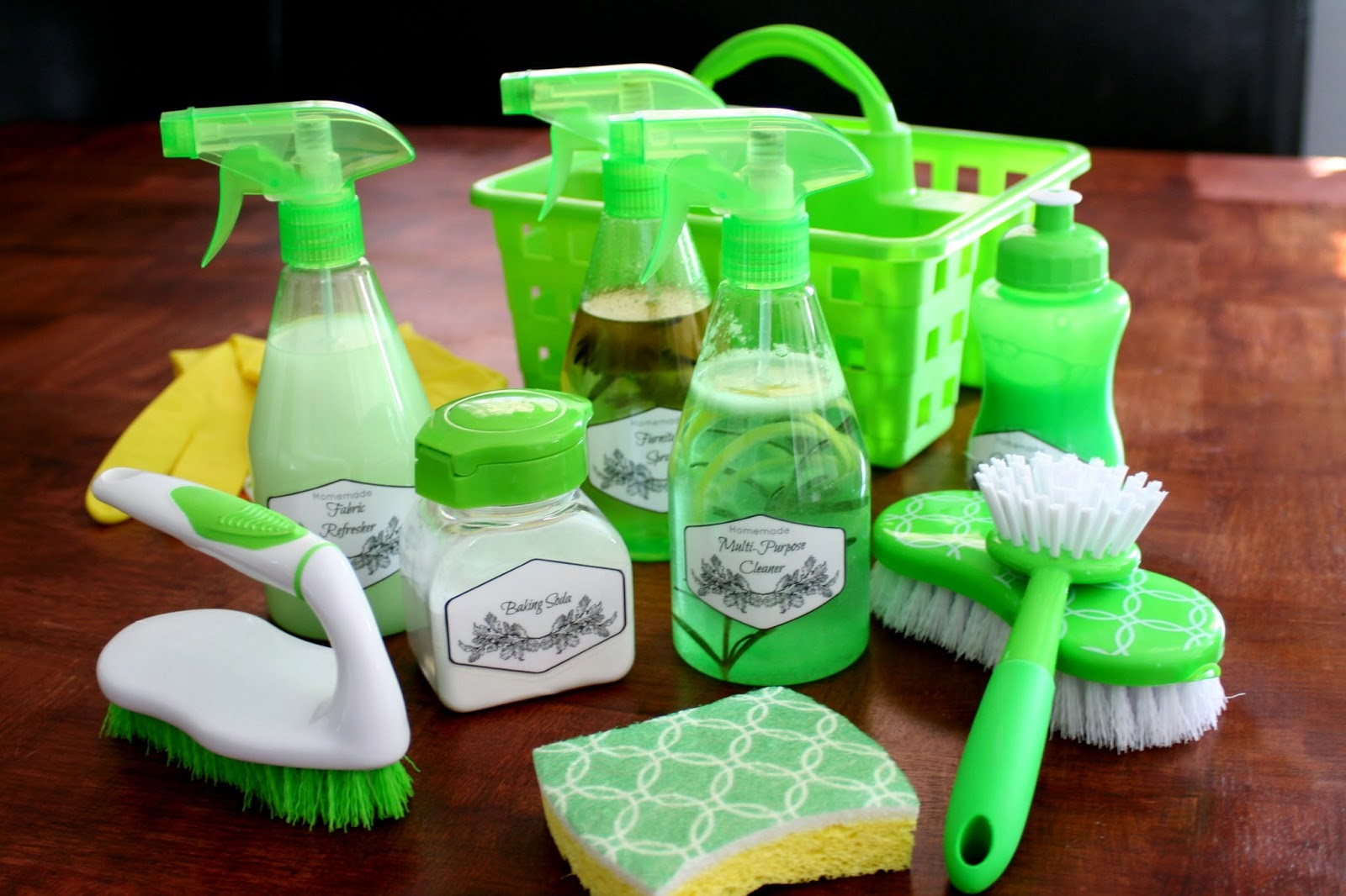 DIY Cleaning Kit with Homemade Cleaners - Jordan's Easy ...