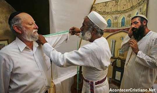 Vestimentas para sacerdotes del templo de Jerusalén