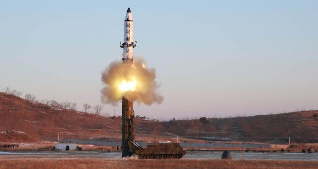 إطلاق صاروخ نووى من كوريا الشمالية صباح اليوم وإعتراض أمريكا واليابان