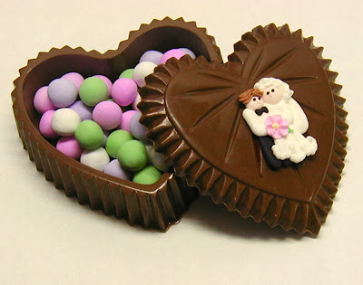 chocolate_heart_box