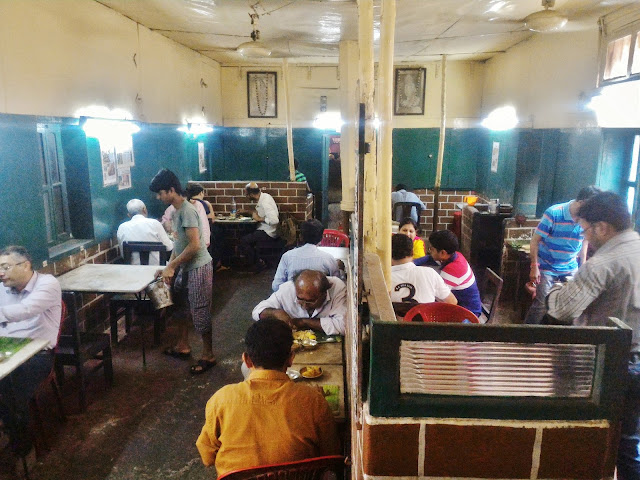Hotel Tarun Niketan Kolkata Interior