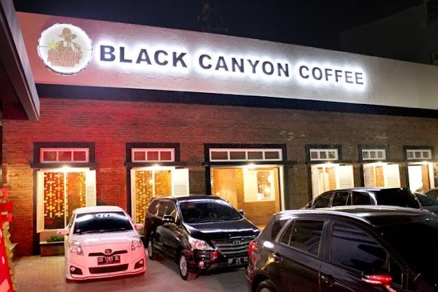 Asyiknya Nongki di Black Canyon Coffee Monginsidi Makassar Yanikmatilah Saja