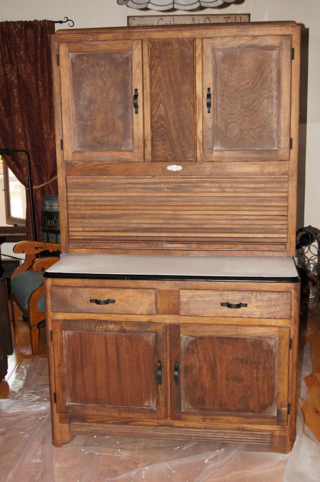 Feathers in the Nest: The Seller's Hoosier Cabinet Finished!
