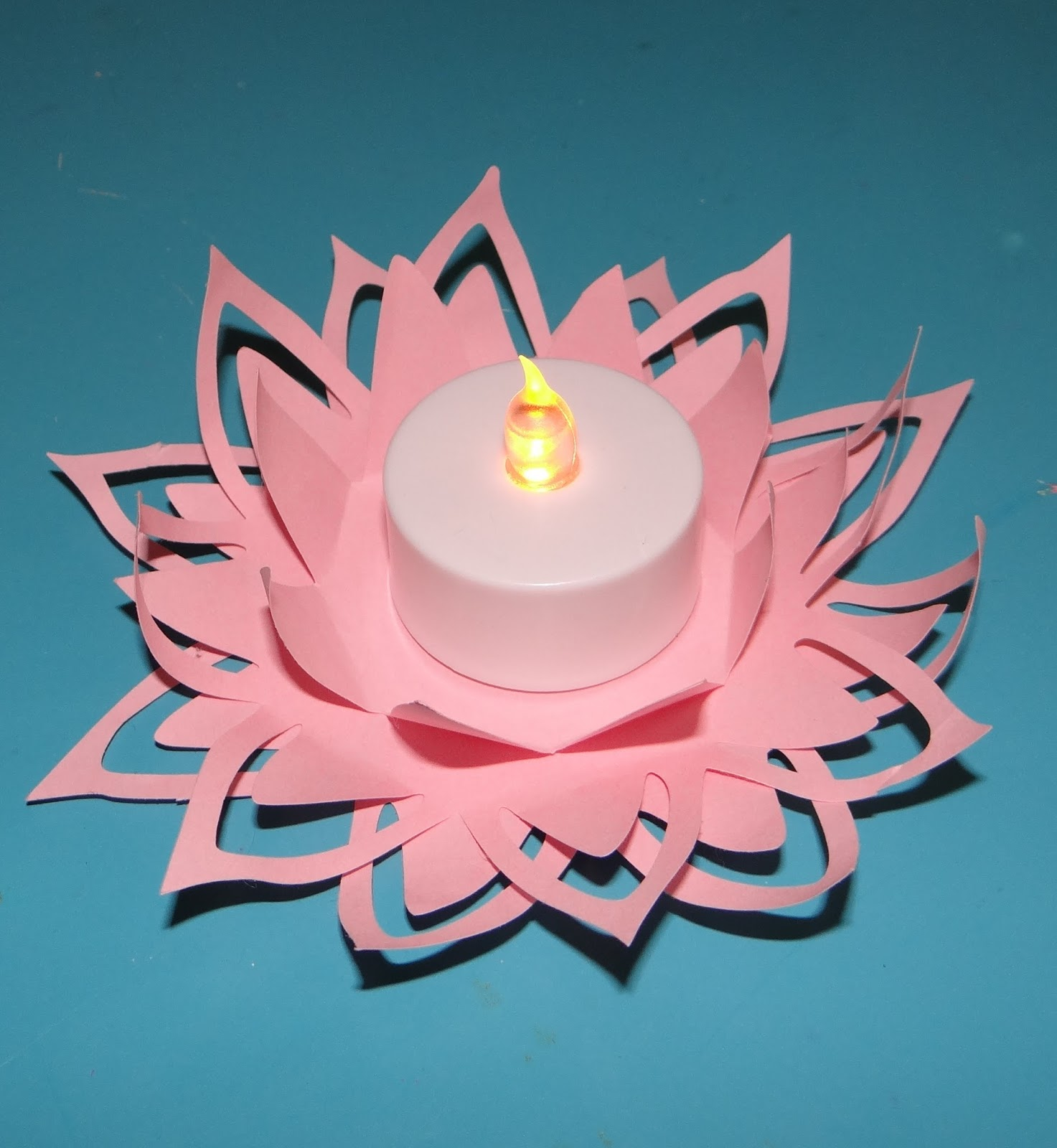 Ambers craft a week blog paper flower candle holder paper flower candle holder izmirmasajfo