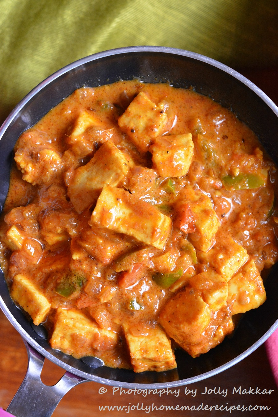 Kadai paneer gravy recipe how to make restaurant style kadhai kadai paneer can be made in various ways you can make a drysemi dry version for serving with breads forumfinder Images