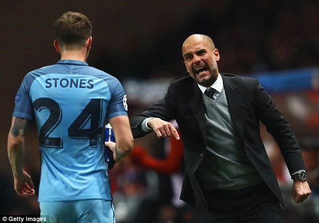 Manchester City vs Liverpool : Lampiaskan, Pep!