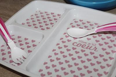 assiette avec compartiments pour la nourriture des enfants