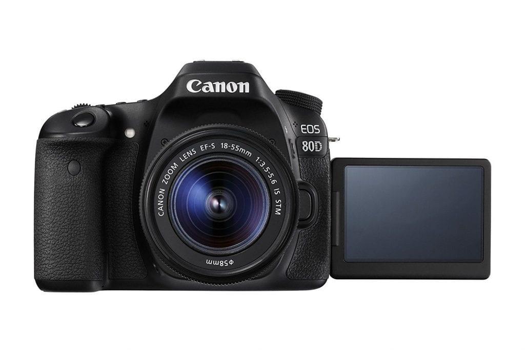 La canon 80D es muy versátil, compacta y liviana