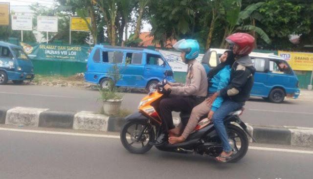 Kisah Polisi Di Karawang Bantu Ibu Hamil yang Pingsan di Jalan