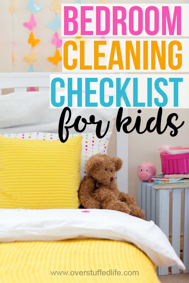 Kid clean is very different from Mommy clean! Teach your kids to clean their bedrooms by themselves without getting overwhelmed with this free printable checklist.