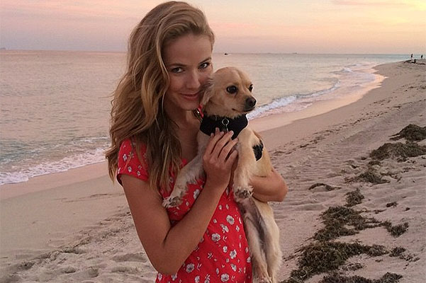 What have we learned about the Miss United States from her Instagram: travel, sport and love for animals