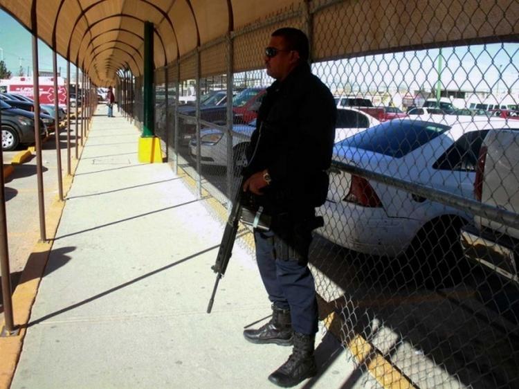 """Durante riña en penal de Cd. Juárez ejecutan a líder de """"Los Aztecas""""."""