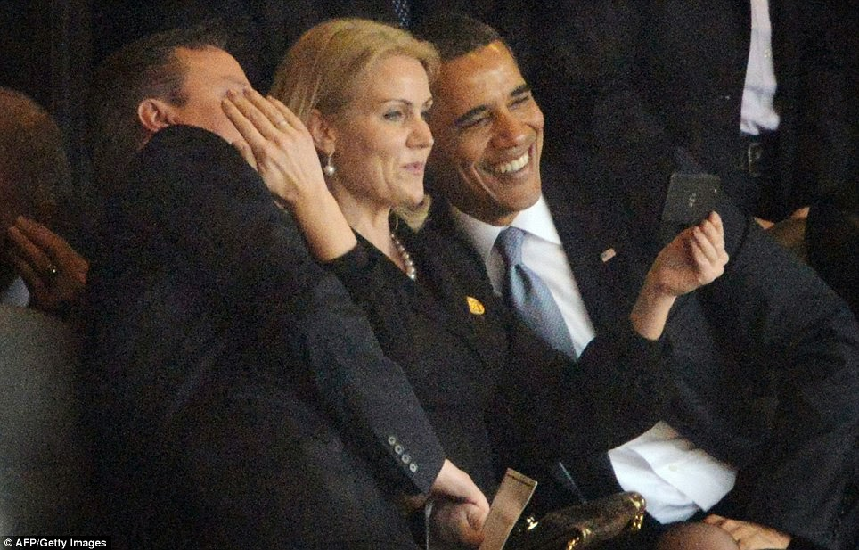 Webutante: Photos From Down Under: Perks of Power In A Selfie World