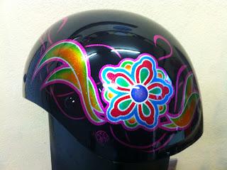 2073299766 - カスタムペイント工程  ダックテールヘルメット 花柄