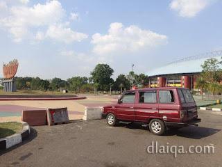 si Kirun mejeng di Gelora Sriwijaya, Palembang