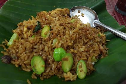 Nasi Goreng Petai Di Jamin Maknyos Di Jalan Raya Kalimulya Depok