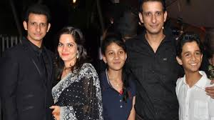 Sharman Joshi, Biography, Profile, Age, Biodata, Family , Wife, Son, Daughter, Father, Mother, Children, Marriage Photos.