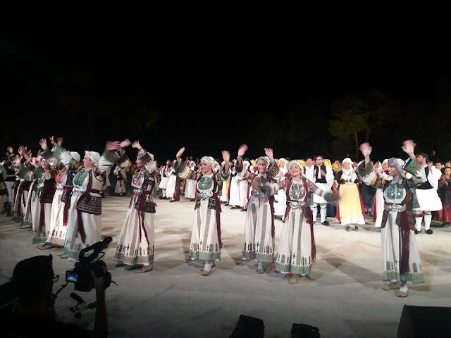 """Η παράδοση του Μοριά στο """"αλώνι –χοροστάσι"""" της Επιδαύρου"""