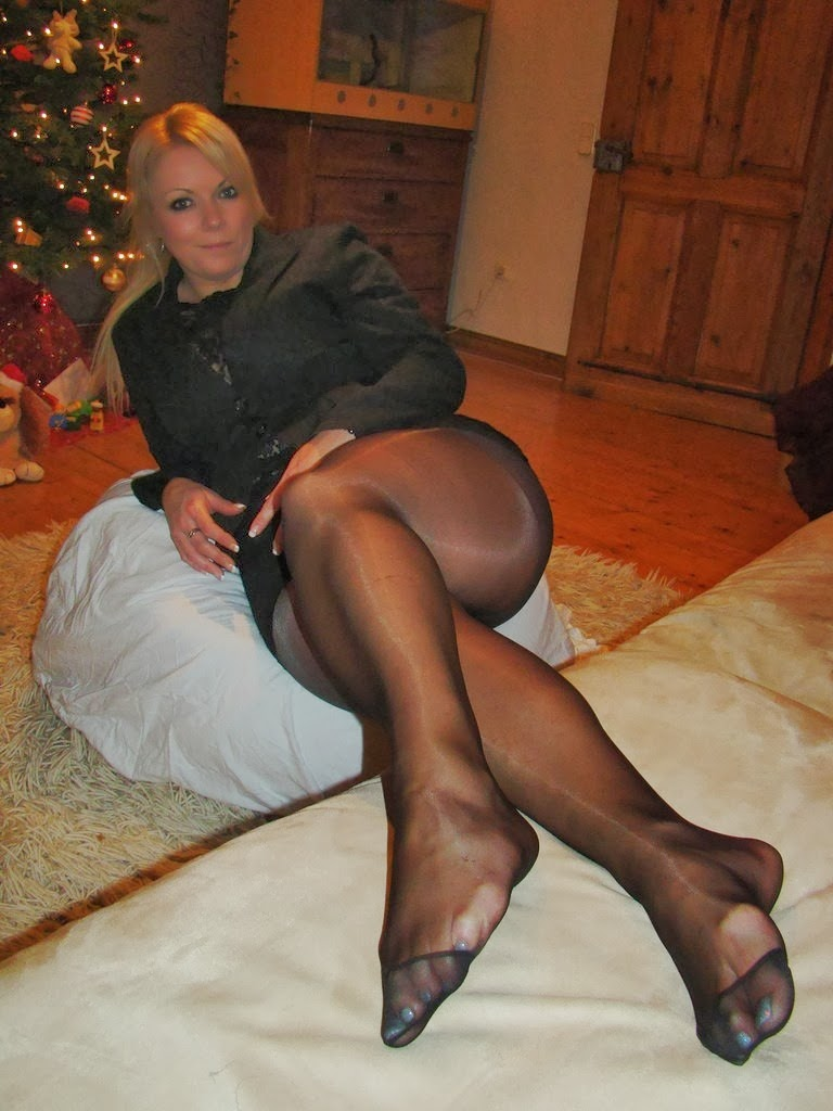 Nylon Stockings Sex Pictures Results 27